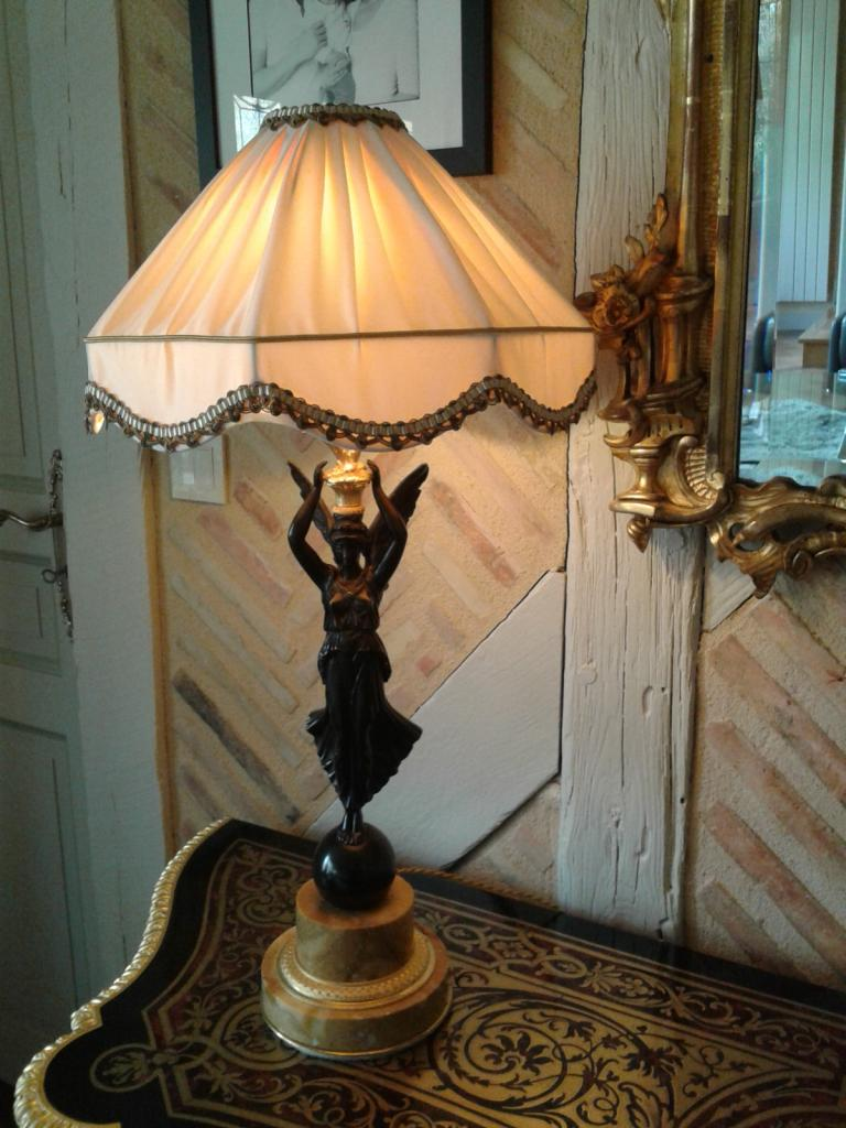 classique et romantique. Black Bedroom Furniture Sets. Home Design Ideas