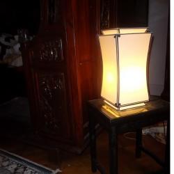 lampe à poser en soie